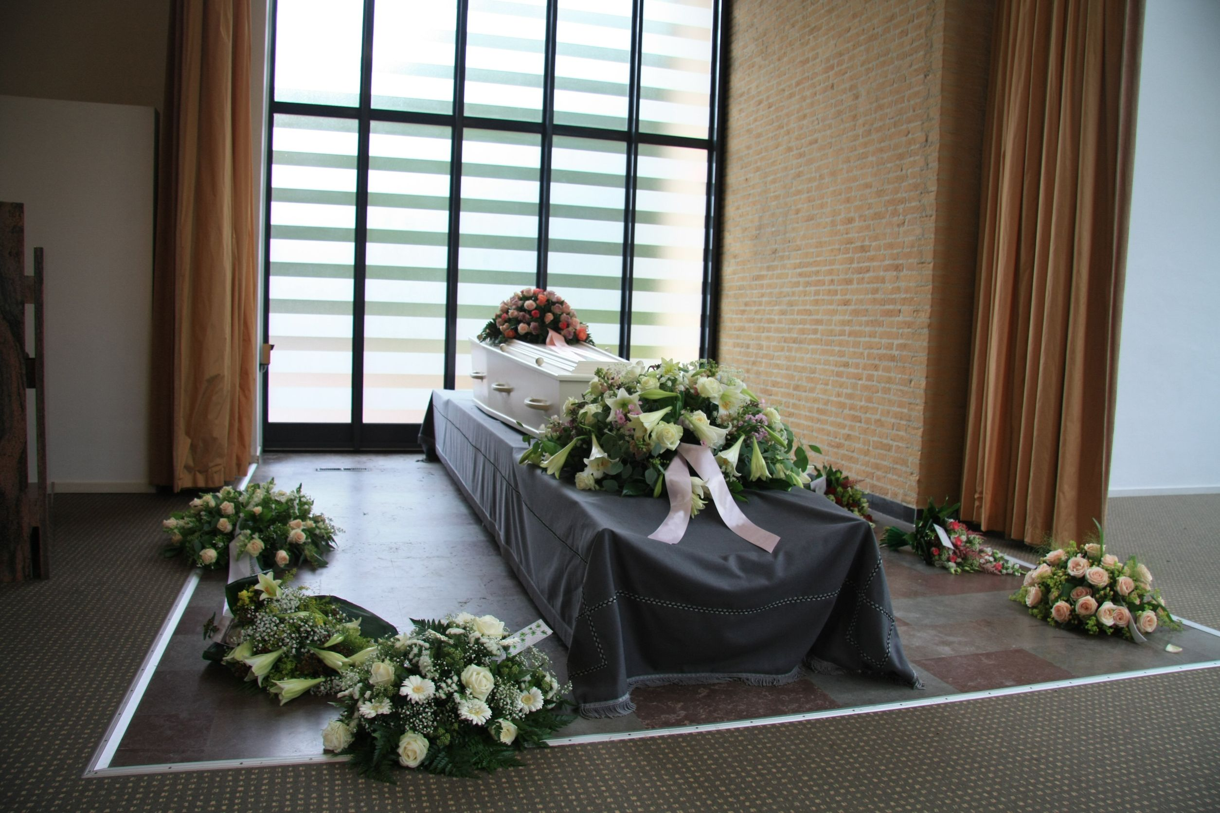 How to Sue a Florida Funeral Home for Negligence